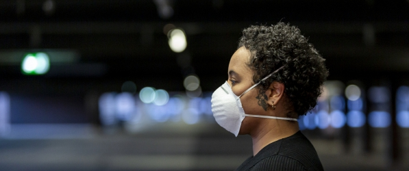 African American woman wearing covid mask